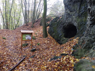 New educational trail across volcanic chimneys of Baba (Grandma) and Dědek (Grandpa)